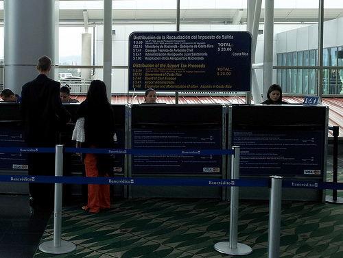 san-jose-airport-tax-counter