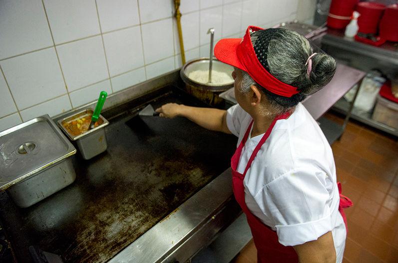 restaurantes-desabastecimiento-distribucion-Gas-Zeta_LNCIMA20150505_0279_5