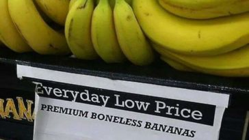 "Saw this posted on Facebook, wish we could some ""boneless bananas"" in Costa Rica."